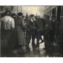 1919 Press Photo The motorist dragged from his car - cva78431