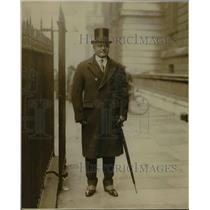 1930 Press Photo Sir Atul Chatternee Indian Delegate on Downing Street
