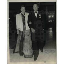 1940 Press Photo Mr. and Mrs. Erich Loder Colony Club Palm Beach. Fla