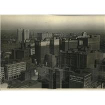 1924 Press Photo Cleveland roofs in the downtown business section - cva83517