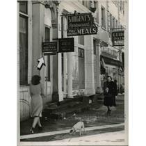 1940 Press Photo Entrance to Boatwick legal empire on main Street - cvb00691
