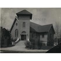1924 Press Photo Pilgrim Evangelical Church at Manor Park Ave. and Detriot Lake