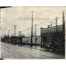 1929 Press Photo Pottera playground showing St. Claire Avenue in Cleveland.