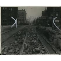 1930 Press Photo Broadway looking East from under construction street