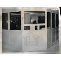 1965 Press Photo Chief Deputy George Papadopulos (seen through windows) operates