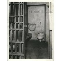 1935 Press Photo The County jail cell - cva85976