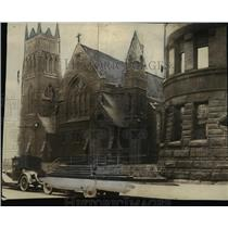 1924 Press Photo Grace Episcopal Church, Boliver Rd. S.E.and Prospect Ave.