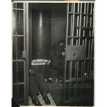 1930 Press Photo The prisoners at the Central Station County jail - cva85983