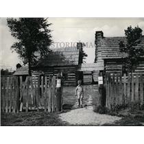 1936 Press Photo A boy from Schoenbrunn Ohio - cvb04516