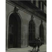 1930 Press Photo Prospect Avenue Extension entrance - cvb00506