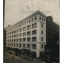 1915 Press Photo General View of The May Company department store - cva96166