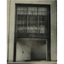 1929 Press Photo Hotel Entrance Opened - cvb00583