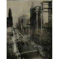 1922 Press Photo Euclid Avenue and E. 9th Street - cva90621