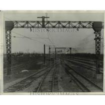 1930 Press Photo Beginning of the electrified road at Linndale - cva97593