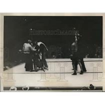 1930 Press Photo Jimmy McLarnin Koed Al Singer at Yankee Stadium in NY