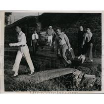 1938 Press Photo J Smith Ferebee in 600 hole Transcontinental golf marathon