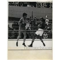1931 Press Photo Willie Stribling spars with Mims for bout vs Max Schmeling