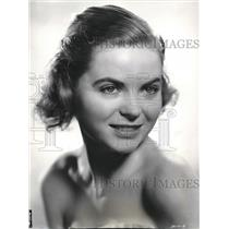 """1941 Press Photo Dorothy McGuire """"Claudia"""" Armstrong's Theater of Today"""