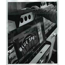 1973 Press Photo Closing of slot machine in Belmont County - St. Clairsille Ohio