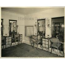 1922 Press Photo Early Scene Theatres, Palace - cva99590