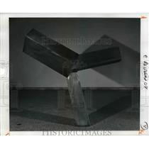 1980 Press Photo Bronze by Joel Shapiro, 1989, W. 203.2 cm. - cva96746