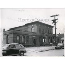 1947 Press Photo Health Station at East 35th St. - cva88998