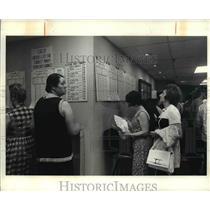 1971 Press Photo Horse races, gambling - cva71373