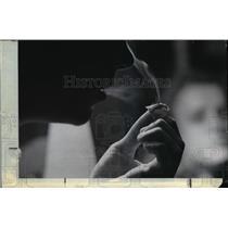 1970 Press Photo A drug addict's smoke inhailing - cvb03616