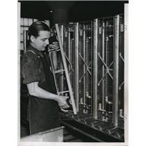 1940 Press Photo J Postovar Assembling Electrostatic Air Cleaner at Wetinghouse