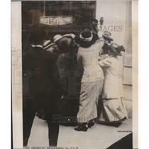 1934 Press Photo The American Procession at the White House - cva85786