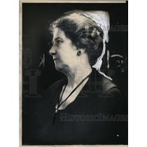 1923 Press Photo Mrs William Scholze mom of Dorothy. teacher fired for smoking