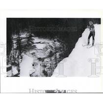 1991 Press Photo Candy Greene to ski Sacred Dancing Trail, Glacier Nat'l Park