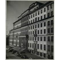 1946 Press Photo University Hospitals, Lakeside Hospital- Institute of Pathology