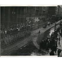 1943 Press Photo Parade looking east from 3rd floor - cva72787
