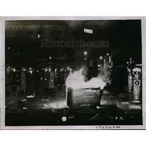 1934 Press Photo Paris is Battlefield After Riots Erupt Throughout City