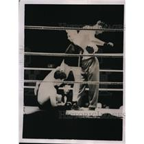 1936 Press Photo Jack Petersen vs Jock Cavoy at London boxing - nes41827