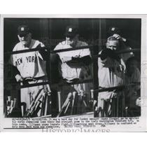 1954 Press Photo Yankee manager Casey Stengel at games vs Nationals in DC