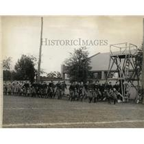 1925 Press Photo Yale football players at practice at New Haven Connecicut