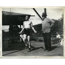 1934 Press Photo Jimmy McLarnin trains in NY for bout vs Barney Ross - nes42871