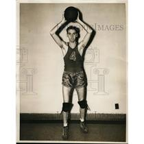 1938 Press Photo Captain Don Shields of Temple University basketball - nes42603