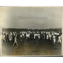 1926 Press Photo Gallery of fans at Professional Golf Championship in New York
