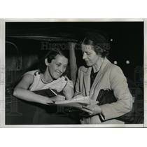 1938 Press Photo Mrs Charles L Hulswit,Mrs CP Bispham Suffern NY protest