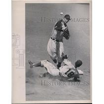 1950 Press Photo A's Kermit Wahl out at 2nd vs Indians Joe Gordon - nes43246