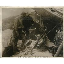 1930 Press Photo Wreckage of plane crash at Will Rogers ranch in CA - neb39103