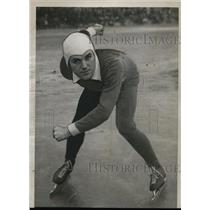 1934 Press Photo Eddie Schroeder speed akater at North American Championship