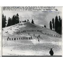1960 Press Photo Army & Marines ski Giant Alalom at Squaw Valley Ca course