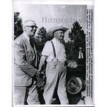 1959 Press Photo Louisiana Gov Earl Long greeted by AB Smith