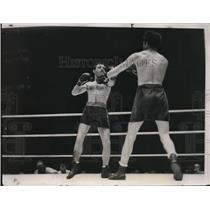 1933 Press Photo Barney Ross vs Tony Canzoneri at Chicago bout - nes43806