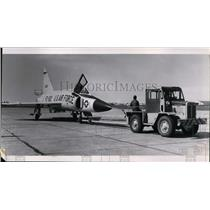 1957 Press Photo F102 fighter airplane at open house - spx03459