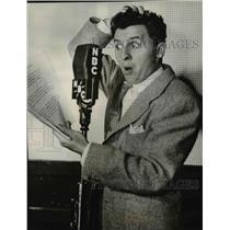 1945 Press Photo Eddie Bracken in The Eddie Bracken Story - cvp77468
